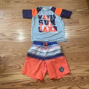 Swimming suit size 8 good condition kids